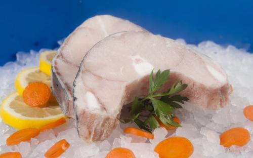 Замразена риба Черноморска акула шайби с кожа
